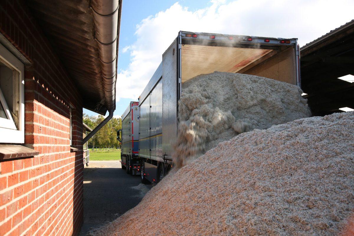 Vee voer lossen | Marcel Scheurwater Transport | Ophemert